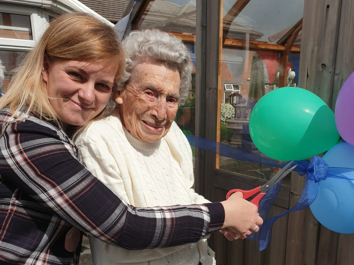 Douglas Court Residents Roll Up Sleeves for Gardening Competition
