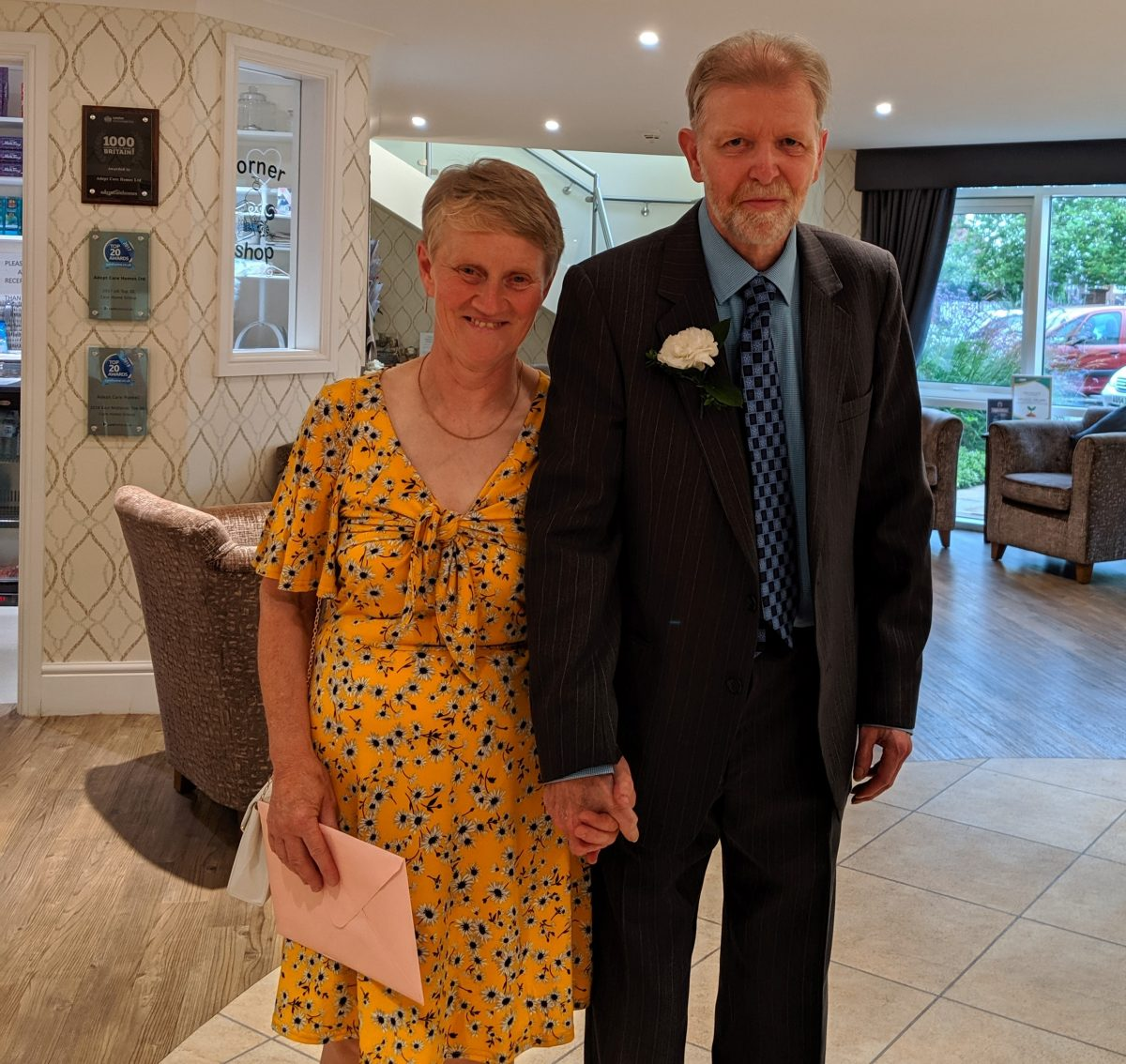 Wedding Bells at Kiwi House for Resident Wedding